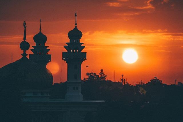 mosque-1603765_640